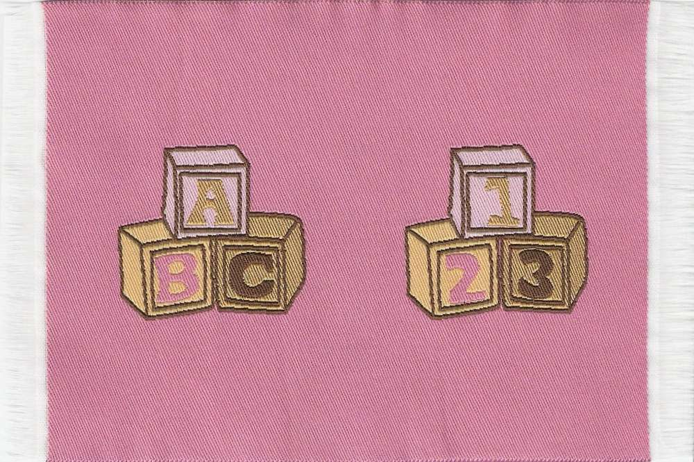 Kinderzimmer - Teppich, rosa - im Maßstab 1zu12